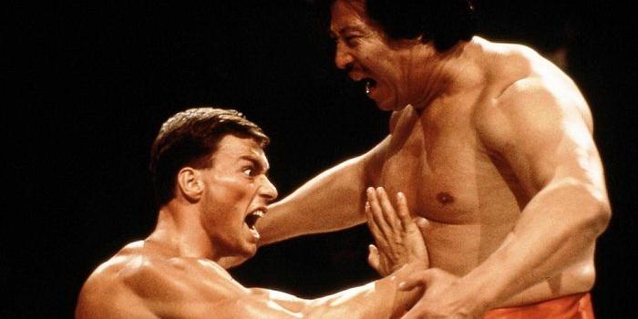 Сцена из кинокартины Кровавый спорт (1988)