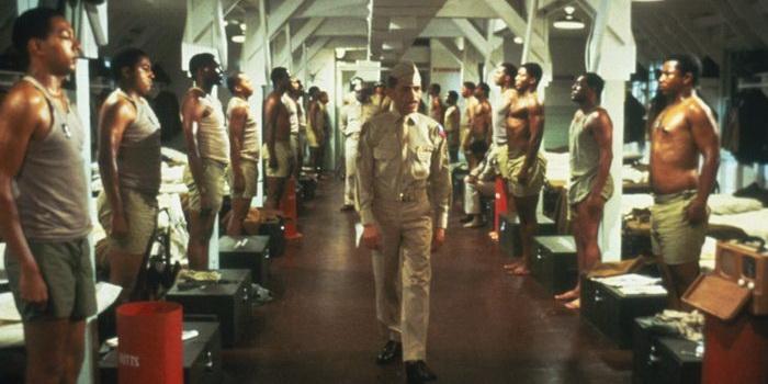 """Кадр из фильма """"Армейская история"""" (1984)"""
