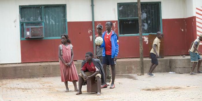 Сюжет из кинофильма Большие приключения в Африке