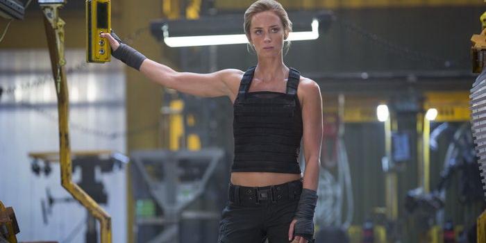 Актриса из фантастики Грань будущего (2014)