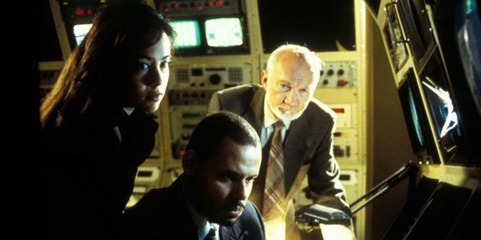 Сцена из мистического сериала Пси Фактор: Хроники паранормальных явлений (1996)