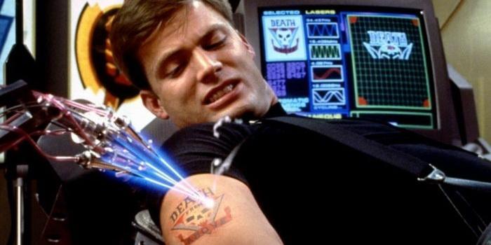 Персонаж из фильма Звездный десант (1997)
