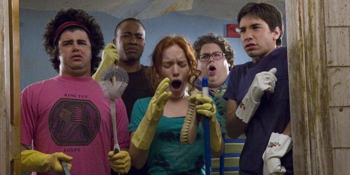 Сцена из комедии Нас приняли! (2006)