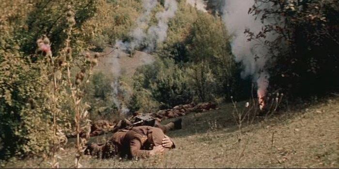 Сцена из старого фильма Ответный ход, 1981 года