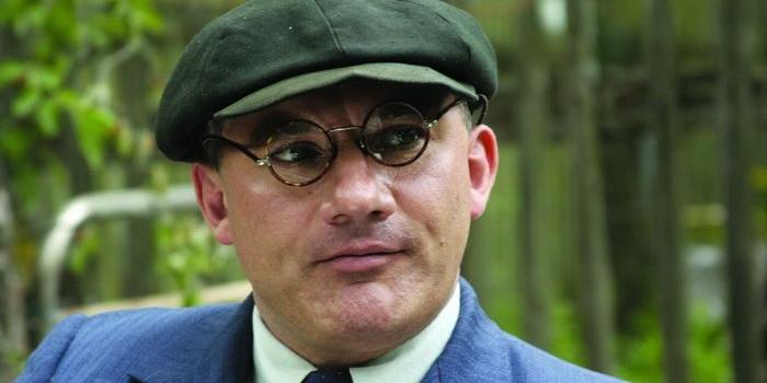 Герой из сериала Апостол (2008)