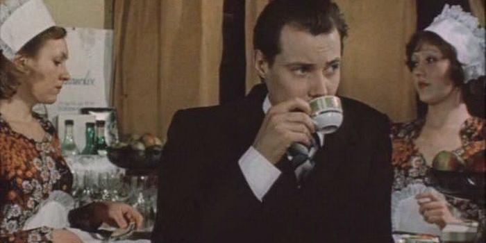 Главный герой из советского фильма Место встречи изменить нельзя (1979)
