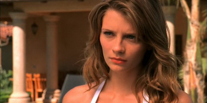 Актриса из сериала О.С. – Одинокие сердца (2003)