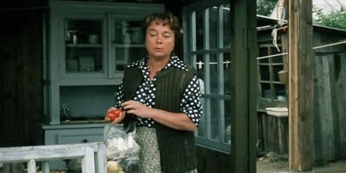 Кадр из фильма Любовь и голуби (1984)