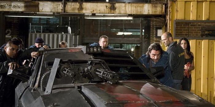 Сцена из фильма Смертельная гонка (2008)