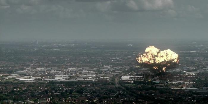 Кадр из английского сериала Выжившие (2008)