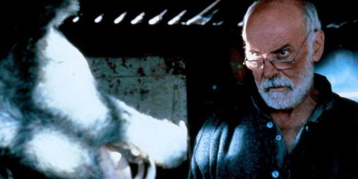 Сцена из ужастика Кабан-секач (1983)