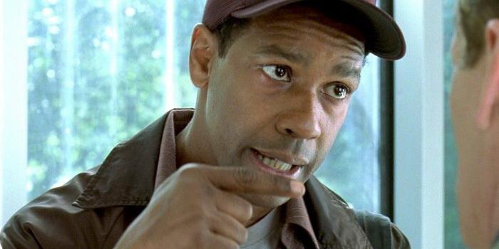 Актер из фильма Джон Кью (2002)