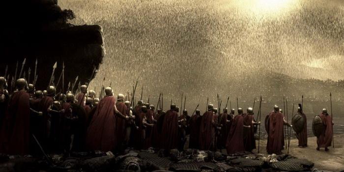 Сцена из эпопеи 300 спартанцев (2006)