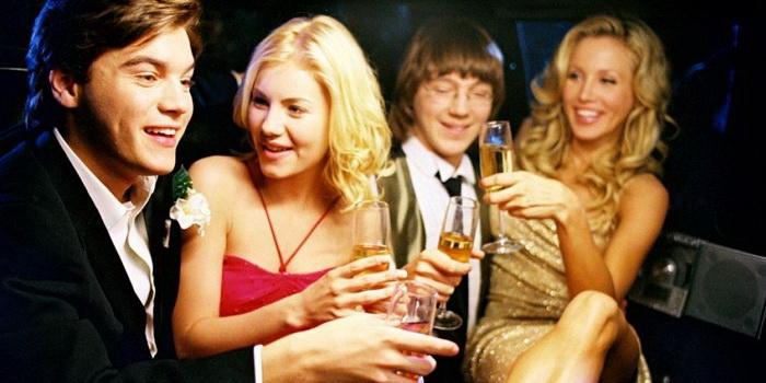 Кадр из фильма Соседка (2004)
