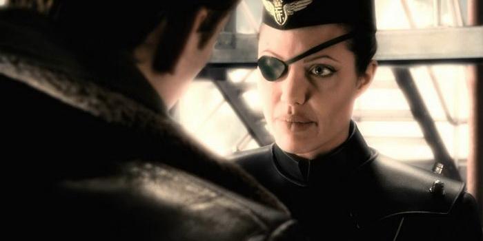 Сцена из фильма Небесный капитан и мир будущего (2004)