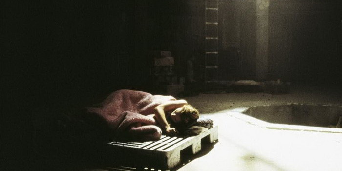 Сцена из фильма Яма (2001)