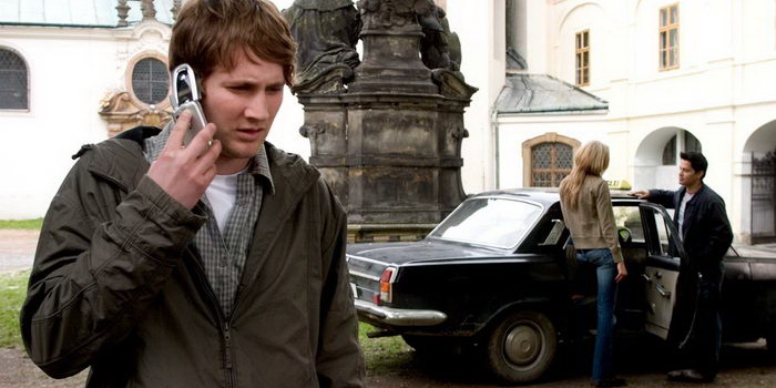 Триллер Хостел (2005)