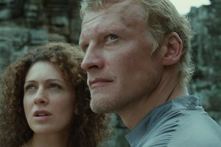 Сцена из фильма Золотое сечение (2010)