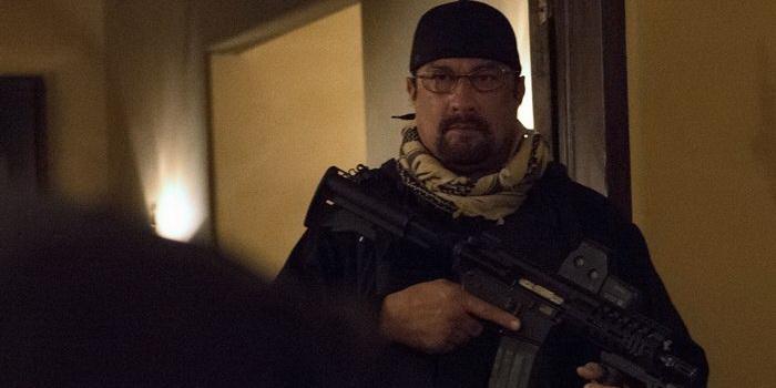 Кадр из фильма Карательный отряд (2011)