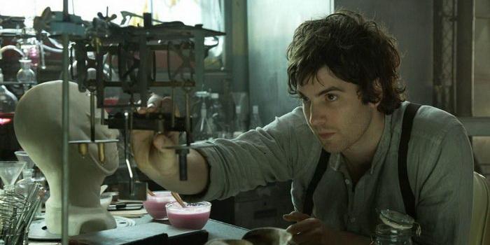 персонажи из фильма Параллельные миры (2011)