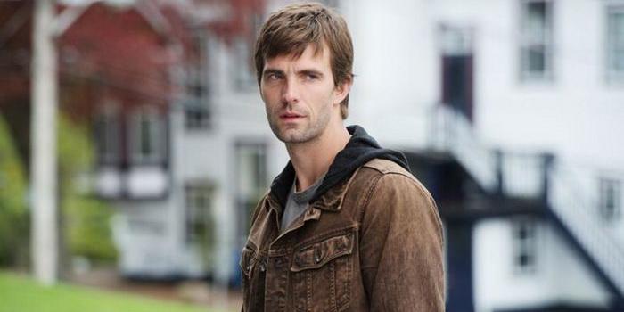 Герой из сериала Тайны Хейвена (2010)
