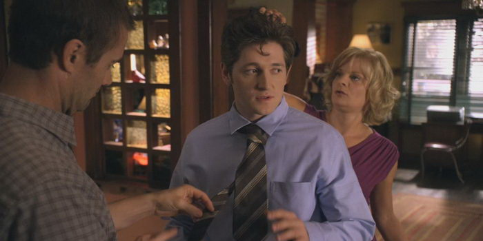 Семья из сериала Воспитывая Хоуп (2010)
