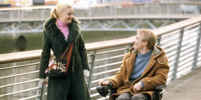 Кадр из фильма Спеши любить (2002)