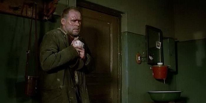 Сцена из фильма Служу Советскому Союзу (2012)