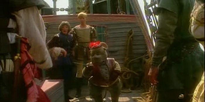 Сцена из фильма Хроники Нарнии: Принц Каспиан и плаванье «Рассветного путника»(1989)