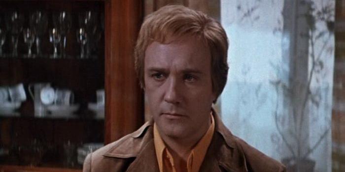Главный герой из фильма Ты – мне, я – тебе (1976)