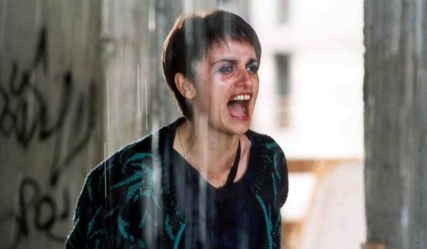 Не уходи (2004)