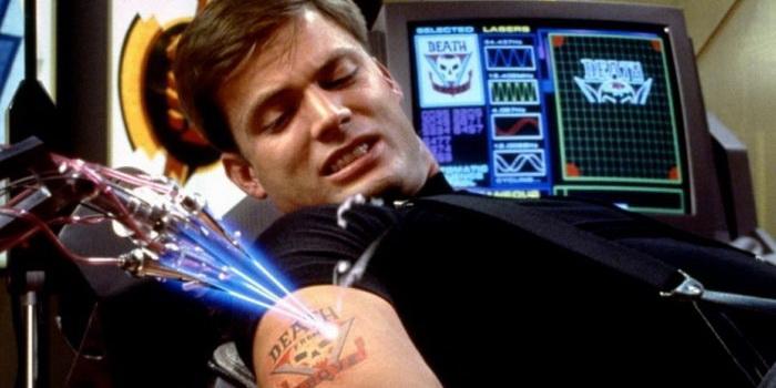 Кадр из фильма Звездный десант (1997)