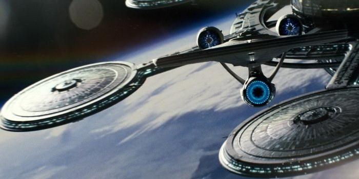 Кадр из фильма Звездный путь (2009)