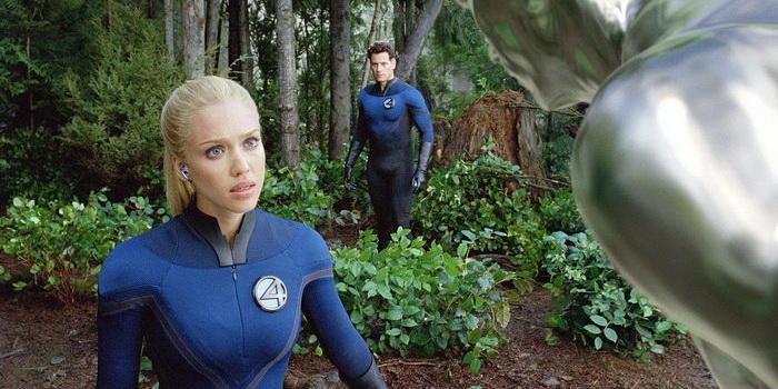 Кадр из фильма Фантастическая четверка 2: Вторжение серебряного серфера(2007)