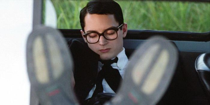 Кадр из фильма Свет вокруг (2005)