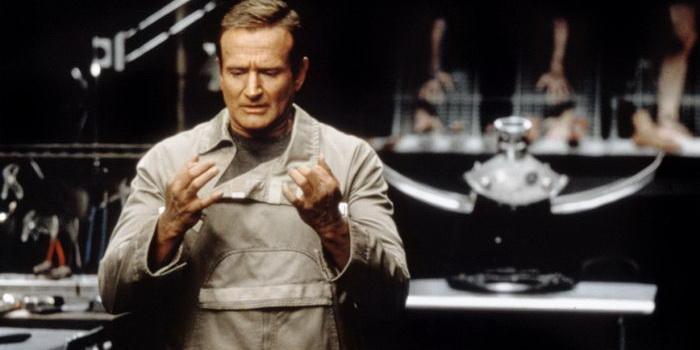 Персонаж из фильма Двухсотлетний человек (1999)