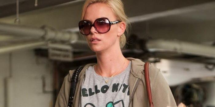 Сцена из фильма Бедная богатая девочка (2012)