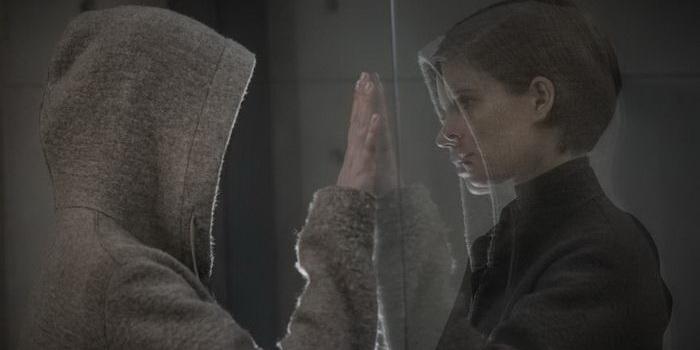 сцена из фильма Морган (2016)