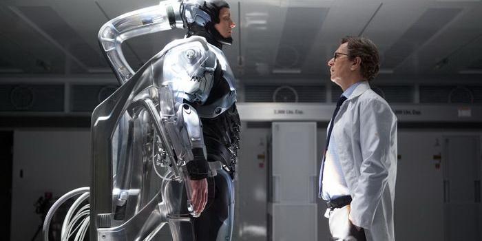 кадр из фильма Робокоп (2014)