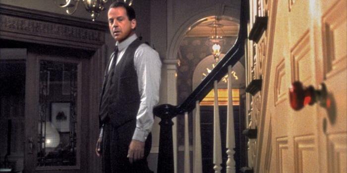 кадр из фильма Шестое чувство (2000)