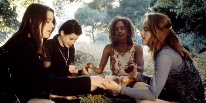 героини из фильма Колдовство (1996)