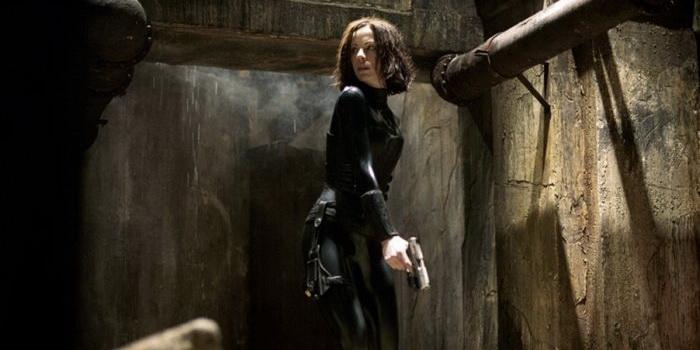 героиня из фильма Другой мир (2003)