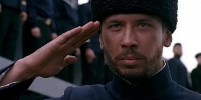 сцена из фильма Конвой PQ-17 (2004)
