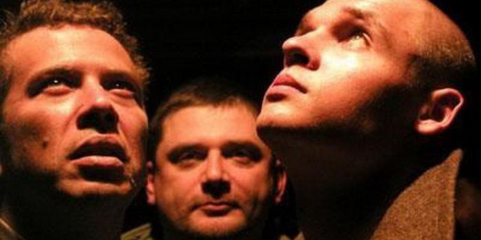 сцена из фильма Курсанты (2004)
