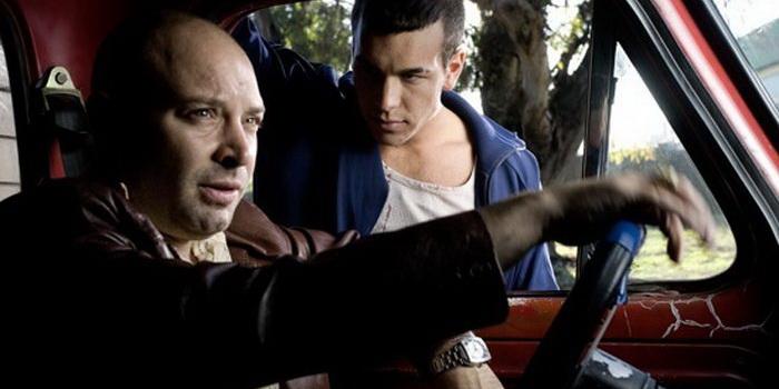 персонажи из фильма Неоновая плоть (2010)