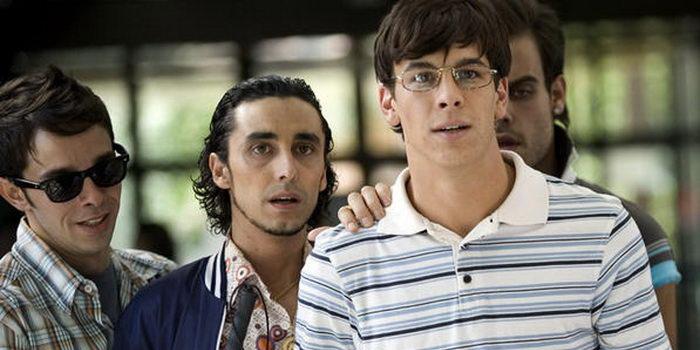 персонажи из фильма Утечка мозгов (2009)