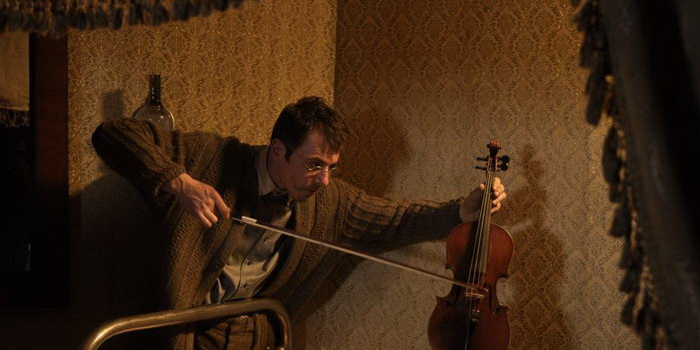 сцена из фильма Шерлок Холмс (2013)
