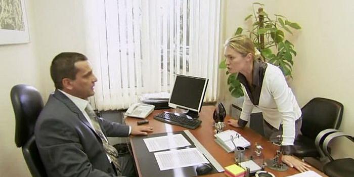 сцена из фильма Материнский инстинкт (2009)